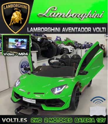 LAMBORGHINI AVENTADOR VERDE CON PANTALLA VIDEO